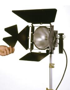 Lowel DP Light (1000W w/ Stand)